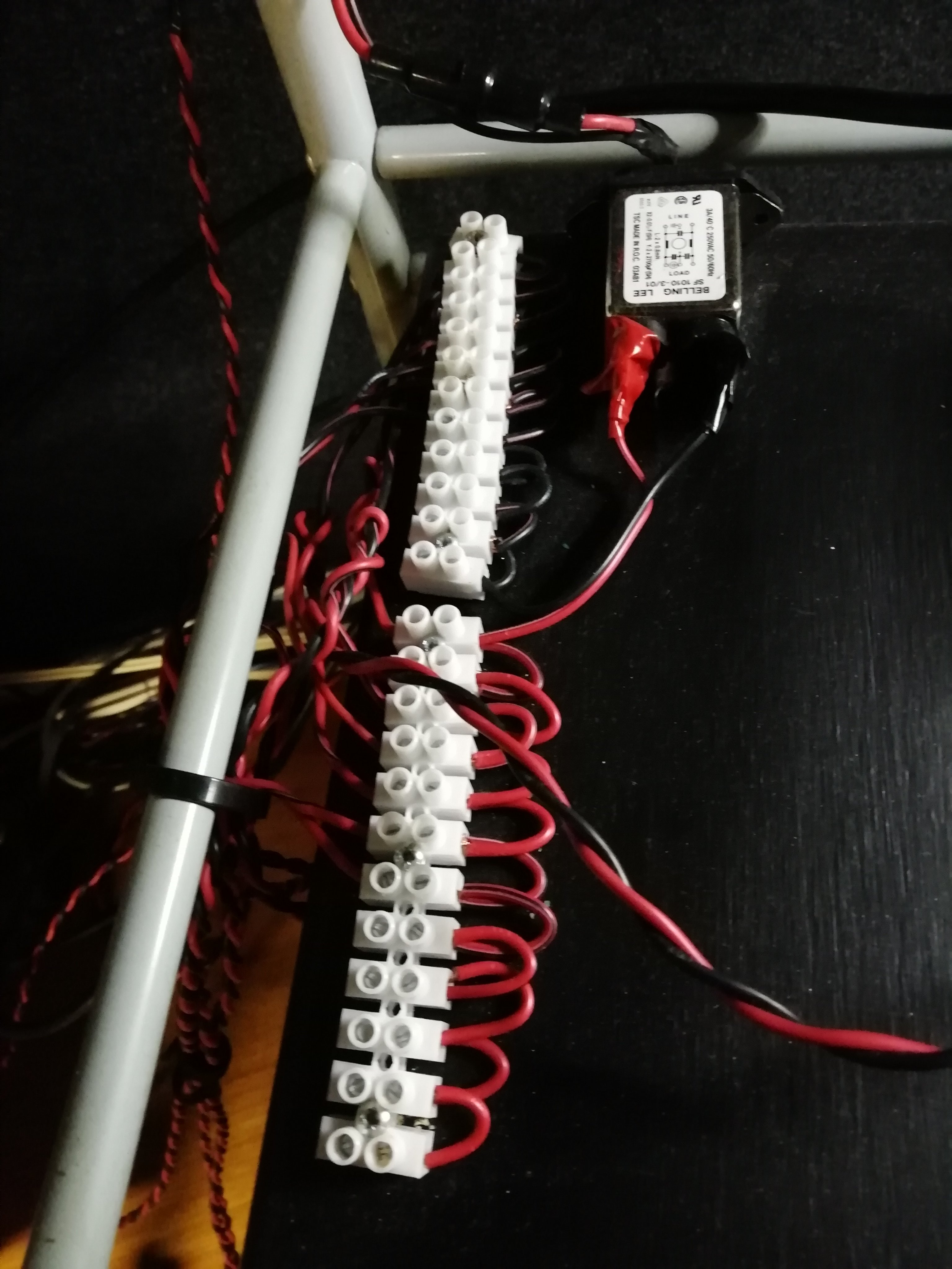 12v distribution with rfi filter and fuse.jpg